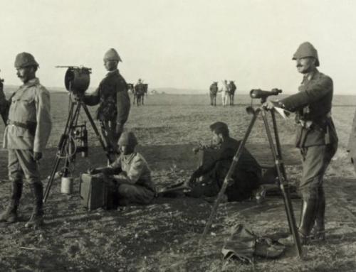 """Merkez Ordu Sinema Dairesi""""ni kuran Türk Ordusu ilk sinemayı kurmuştur"""